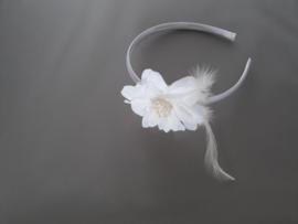 Feestelijke haarband (wit)