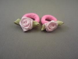 Baby elastiekje roze/roosje