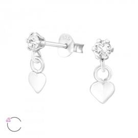 Zilveren kinder oorbelletjes 'hangend hartje'