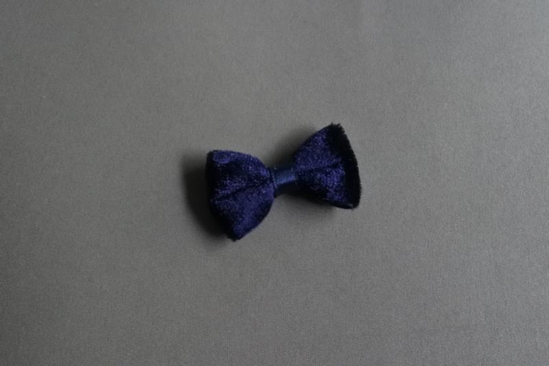 Klein fluwelen strikje 'blauw'