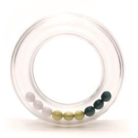 Rammelaar ring met balletjes 80 mm groen