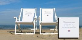 """Strandstoel met zeegedicht""""Dromen op het strand"""" van Challa"""