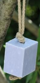 Maitre Savonitto - Blok  Marseillezeep aan koord (Lavendel)