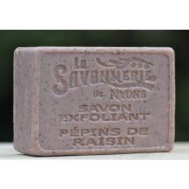 La Savonnerie de Nyons - Scrubzeep druivenpit 100 gram.