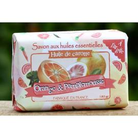 Maitre Savonitto - Zeep uit de moestuin - Zeep met worteltjes 180 gram.