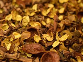 Potpourri Geel geparfumeerd vanaf 100 gram t/m kilo.