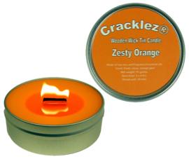 Cracklez® Knetter Houten Lont Geurkaars in blik Zesty Orange. Sinaasappel Geur. Oranje.