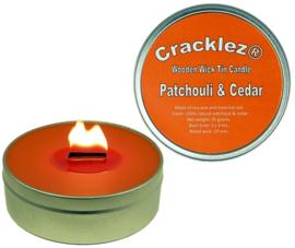 Cracklez® Knetter Houten Lont Geur Kaars in blik Patchouli en Ceder. Oranje-rood. Aromatherapie.