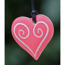 Ketting geparfumeerd in (cadeau) doosje hartje wit/rood
