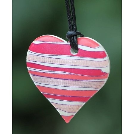 Ketting om te parfumeren in (cadeau) doosje hartje rood/rose gestreept