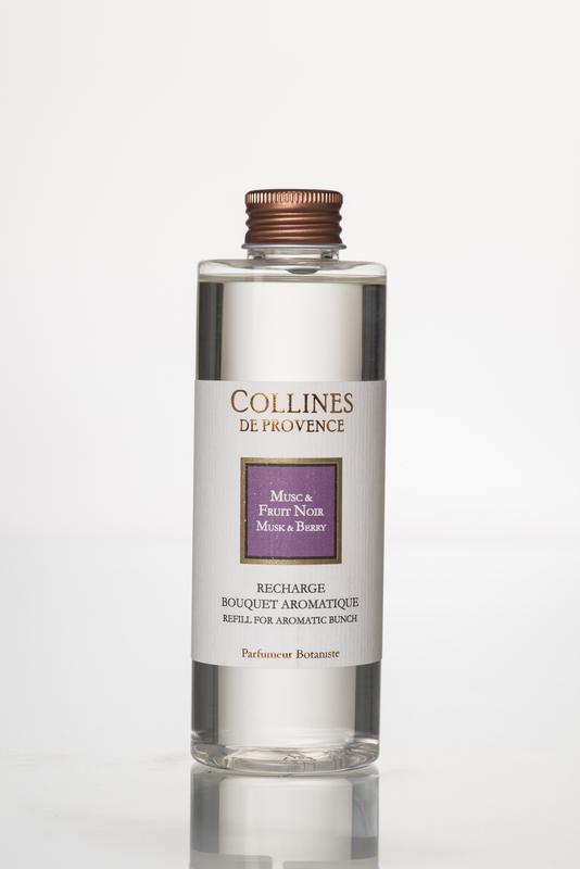 Collines de Provence navulling  geurstokjes Musk & Berry 200 ml.