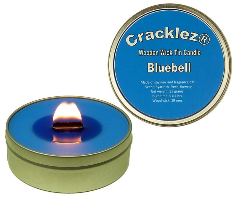 Cracklez® Knetter Houten Lont Geurkaars in blik Bluebell. Bos Hyacinth Geur. Blauw.
