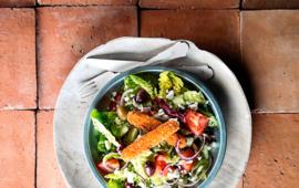 Griekse salade bastunakia me feta