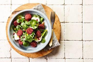 Salade met Falafel Red Beet