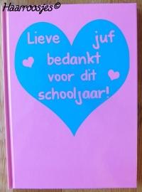 Notitieboekje A5, roze met hart.