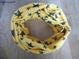 Colsjaaltje geel met sterren.