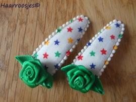 Haarspeldjes, meisje, gekleurde sterren met groen roosje.