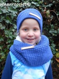 Wintersetjes sjaal en muts, kobalt blauw, gevoerd met borg-stof.