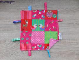 Labeldoekje, patchwork met vogeltjes en roze badstof en 8 labeltjes - 2.
