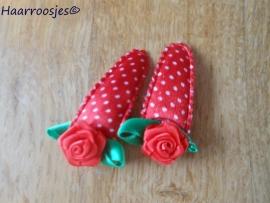 Haarspeldjes, peuter/kleuter, rode polkadot met rood roosje.