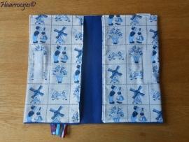 Luieretui, delfts blauw en kobalt blauw fleece.