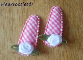 Haarspeldjes, baby, roze geruit met wit roosje.