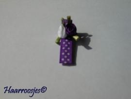 Alligatorspeldje, paars polkadot met een paars en een wit roosje.