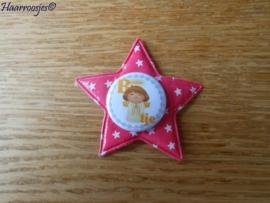 Haarlokspeldje, fuchsia roze ster met sterretjes en een (B)engeltje.