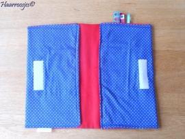 Luieretui, blauw polkadot en rood fleece.