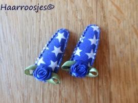 Haarspeldjes, baby, kobaltblauw met witte sterren met kobaltblauw roosje.