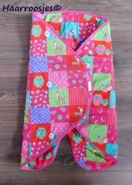 Wrapper, patchwork met uiltjes en hertjes.
