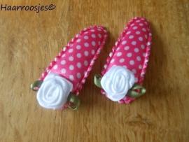 Haarspeldjes, peuter/kleuter, fuchsia  roze polkadot met wit roosje.