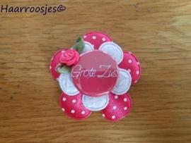 Haarlokspeldje, fuchsia roze polkadot , wit kanten bloem, 'Grote zus' en fuchsia roze roosje.