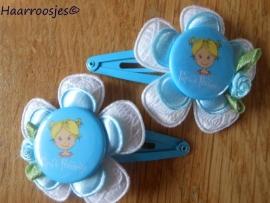 """Haarspeldjes, meisje, blauw, met een wit kanten bloem, blauw bloemetje, een prinsesje met """"Papa`s prinsesje""""  en een blauw roosje."""