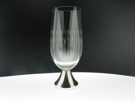 Glazen met zilveren voet