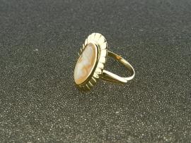 Ringen met camee