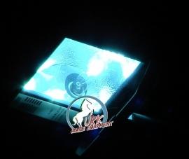 buitenrijbak verlichting 400 watt.  incl. 8 mtr. mast