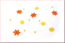 Guirlande met vilten bloemen {L4563/1/3} OP=OP