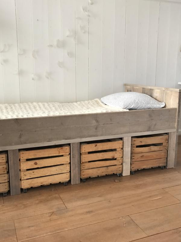 Steigerhouten Bed Met Fruitkisten Bedden Lindetuin