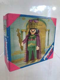 4587 King
