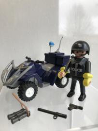 Politie quad