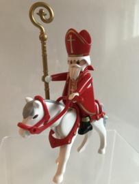 Sinterklaas te paard