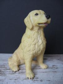 beeldje Golden Retriever zittend