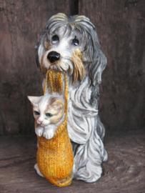 beeldje Bearded Collie met katje