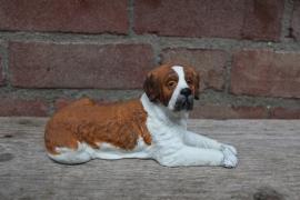 beeldje Sint Bernardhond liggend vintage