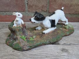 beeldje Jack Russell Terriër met konijn