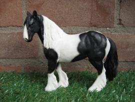 beeldje paard Cob zwart-wit | 16,5 cm