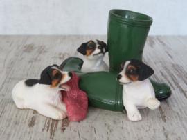 vintage beeldje Jack Russell puppy's met laarzen