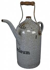 Oude petroleum kan