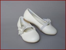 Bruidsmeisjes schoenen bloem.  (301) Alleen nog maten 30 en 31, valt erg groot!
